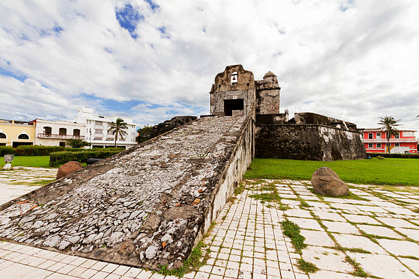 Santiago Bastion in Veracruz View of the Santiago Bastion in Veracruz, a remnant of the XVI wall that surrounded the city for protection against pirates. veracruz stock pictures, royalty-free photos & images