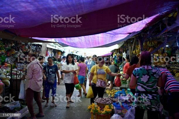 Santiago city isabela philippines april 16 around the santiago city picture id1147273887?b=1&k=6&m=1147273887&s=612x612&h=eavxm65ksda0q1femcxyfc aq6ma m0disqs2qwr8gk=
