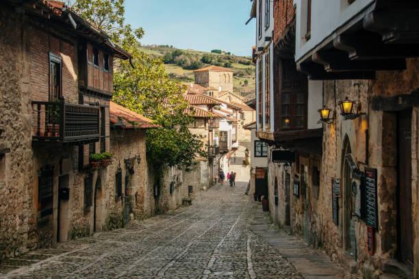 Santillana del Mar, Cantabria, Spain A street in Santillana del Mar, an important touristic destination in Cantabria, Spain cantabria stock pictures, royalty-free photos & images