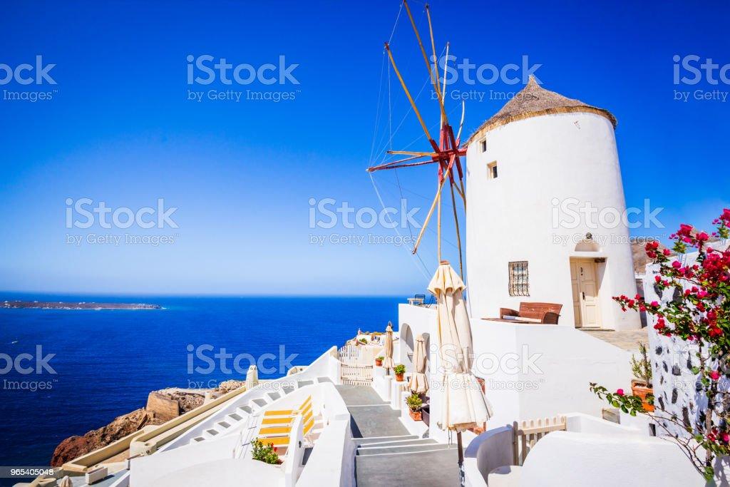 Santorini, Greece and Oia windmill zbiór zdjęć royalty-free