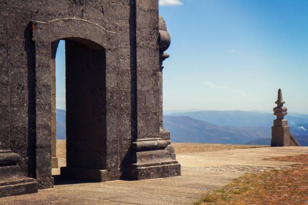 santuario de nossa senhora da graca (mondim de basto) portugal - portalegre imagens e fotografias de stock