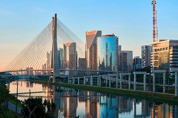 Sao Paulo Estaiada Bridge Brazil - foto de stock