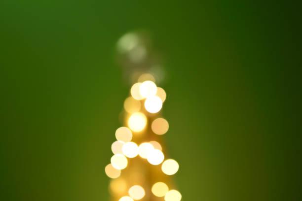 Sapin de Noël design sapin guirlande lumineuse flou sapin noel stock pictures, royalty-free photos & images