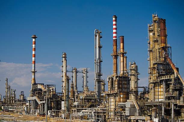 Sarroch Benzin Raffinerie in Sardinien – Foto
