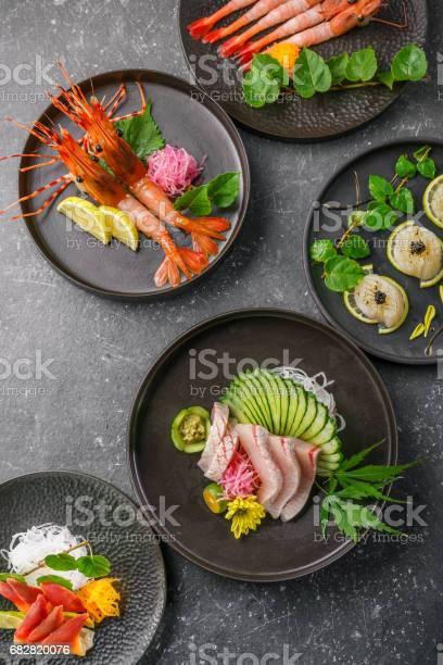 Sashimi Op De Blackbackground Stockfoto en meer beelden van Afvallen