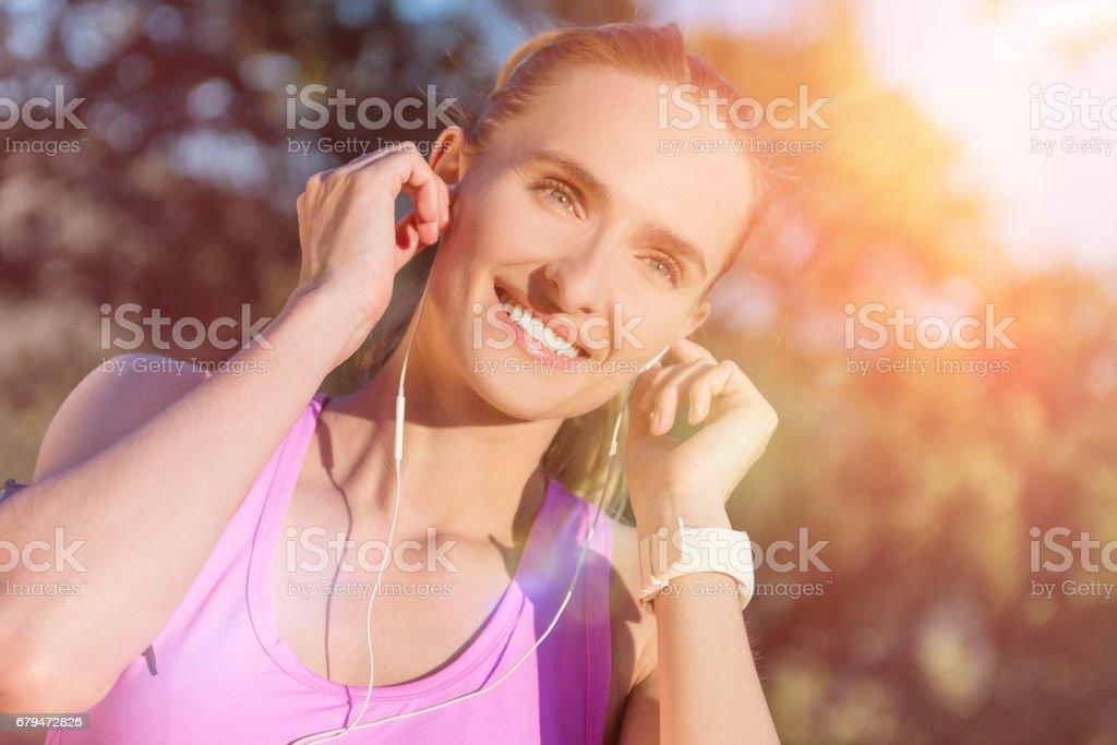 滿意度與體育與音樂 免版稅 stock photo