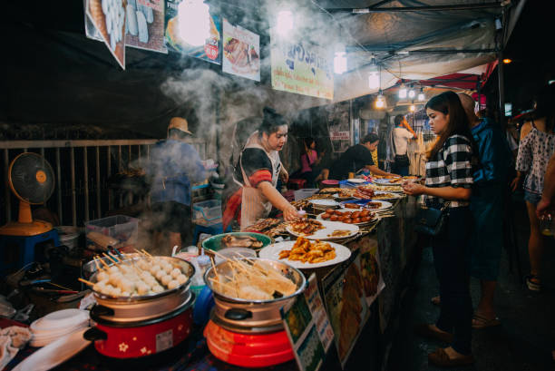Saturday night market in Chiang Mai, Thailand 스톡 사진