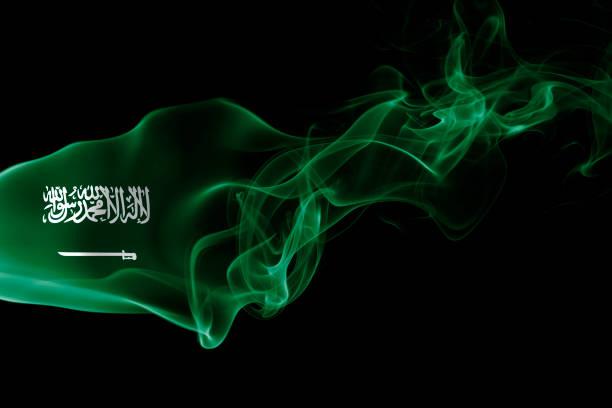 사우디아라비아 국기 연기 - saudi national day 뉴스 사진 이미지