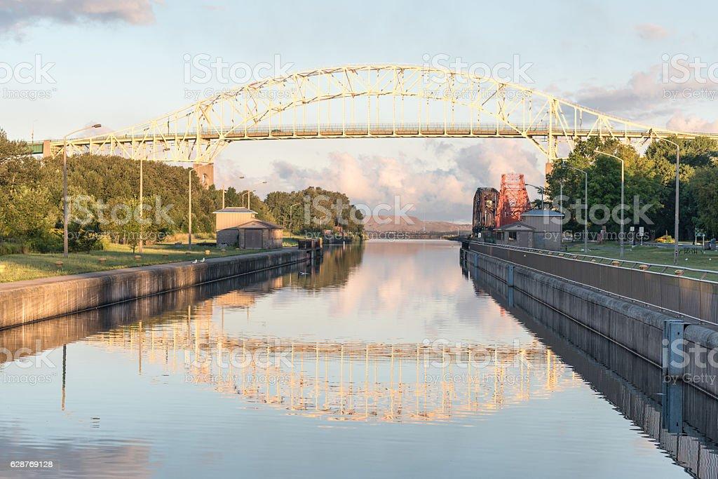 sault ste marie bridge アメリカ合衆国のストックフォトや画像を多数