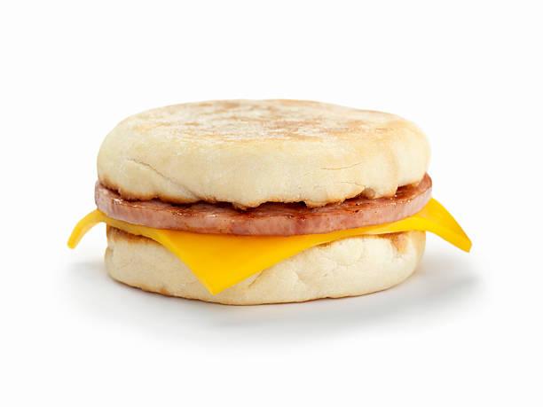 wurst und käse-sandwich - käsemuffins stock-fotos und bilder