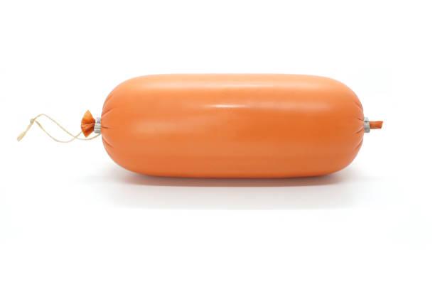 worst, de verpakking van de ham of salami die op witte achtergrond wordt geïsoleerd. eén roedel. zijaanzicht. - kabelspek stockfoto's en -beelden