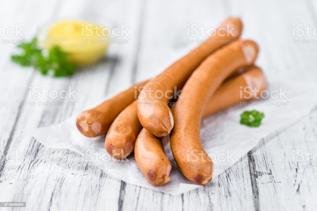 Würstchen (Frankfurter) auf Vintage Holz-Hintergrund – Foto