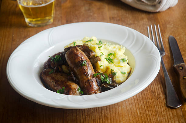 sausages with mash - mash food state stock photos and pictures