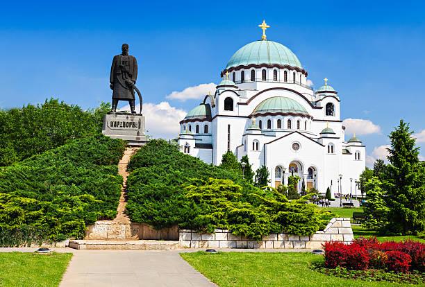 Sava Cathedral and Karadjordje statue St. Sava Cathedral and Karadjordje (Serbian political leader) statue, Belgrade belgrade serbia stock pictures, royalty-free photos & images