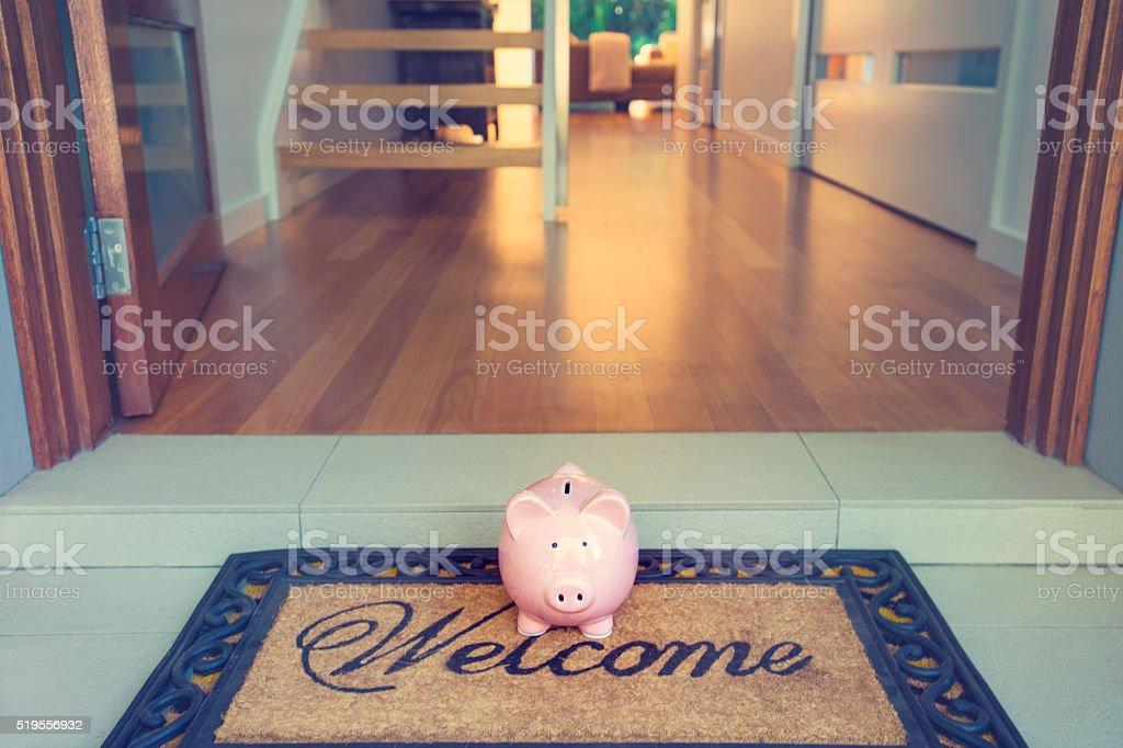 Ahorro para un concepto hogar. - foto de stock