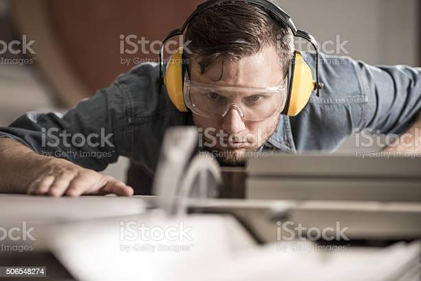 Säge Operator Vorbereitung Der Ideale Boardroom Stockfoto und mehr Bilder von Schreiner