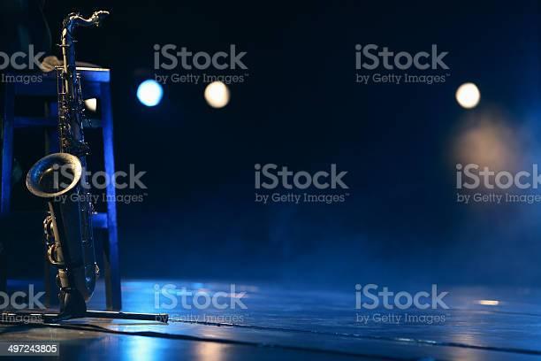 Saxophone picture id497243805?b=1&k=6&m=497243805&s=612x612&h=l3dvfwivbriycxbgjtcnxmnetfeqymlsykimx1xgvkm=
