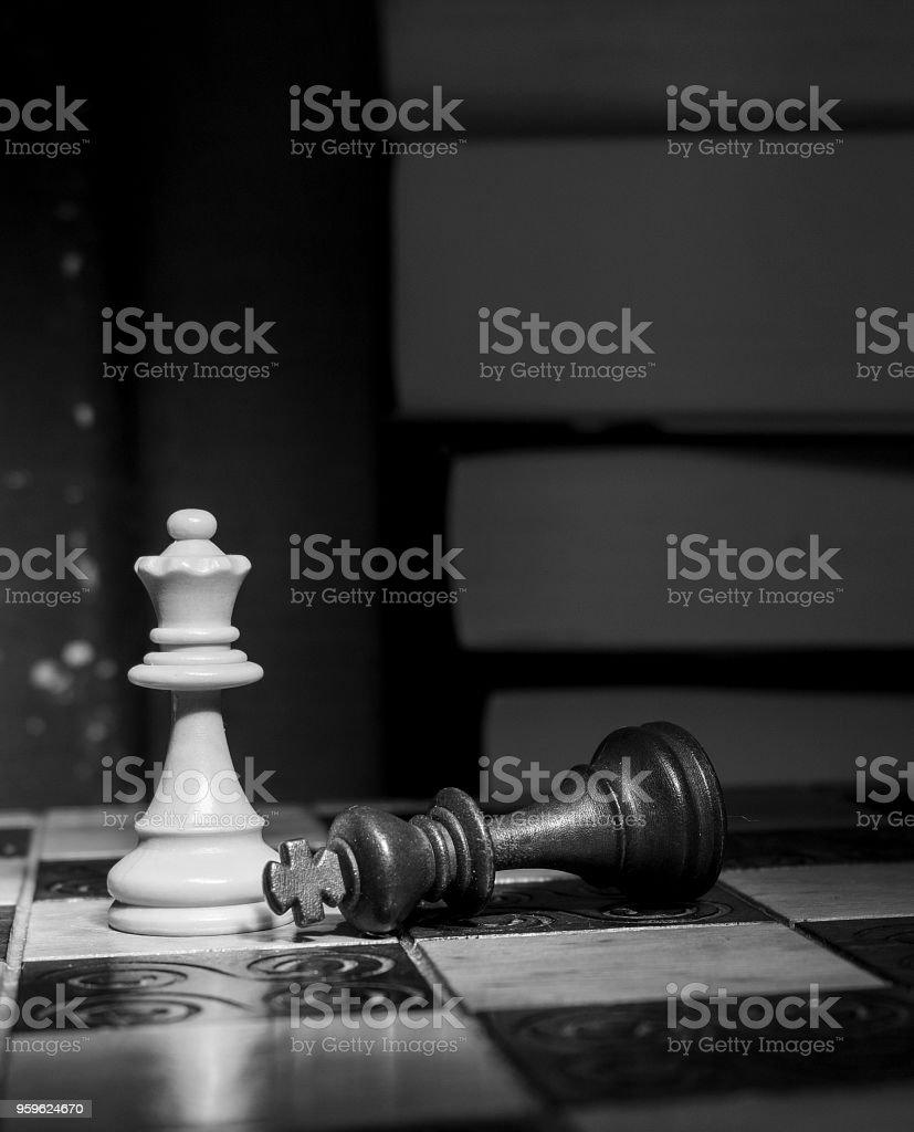Ajedrez fotografati su una scacchiera - Foto de stock de Ajedrez libre de derechos