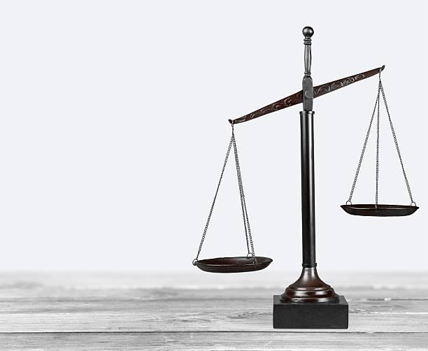 Balance De La Justice ...