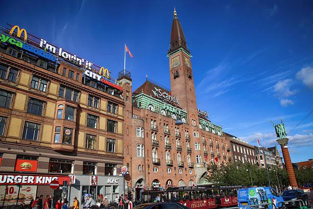 das scandic palace hotel in kopenhagen, dänemark - hotels in kopenhagen stock-fotos und bilder