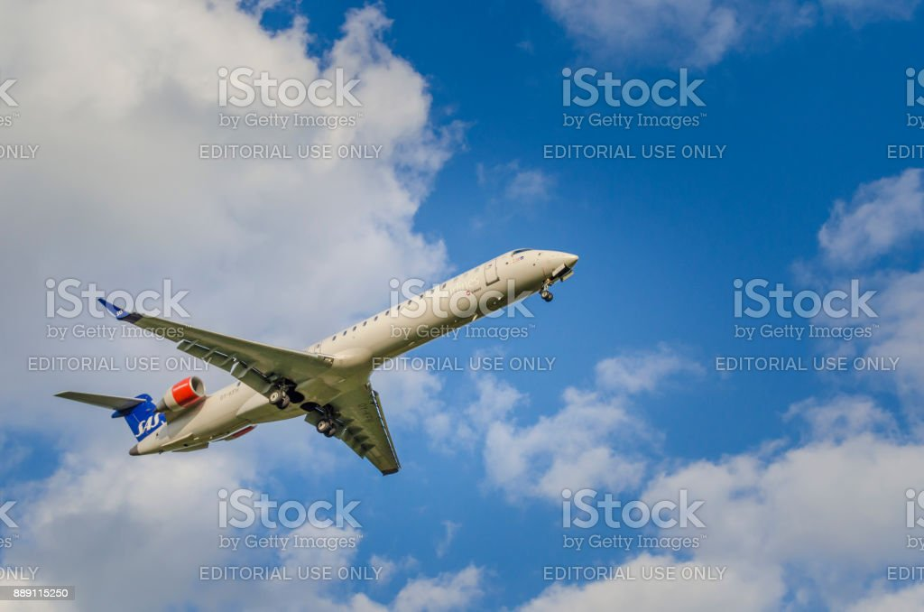 Scandinavian Airlines Bombardier CRJ900 approaching Helsinki airport stock photo