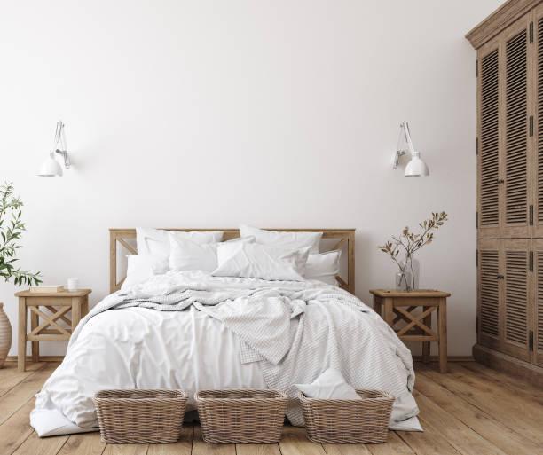 skandinavische bauernhaus schlafzimmer interieur, wand mockup - schlafzimmer stock-fotos und bilder