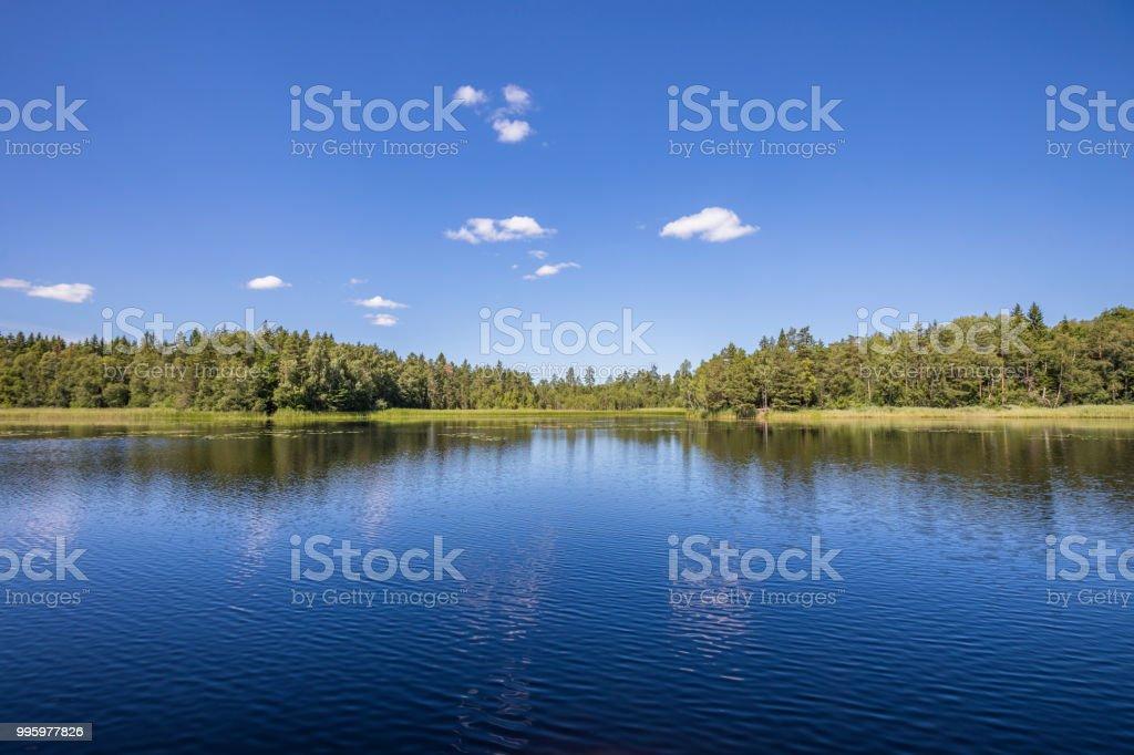 北欧の湖の眺め ストックフォト