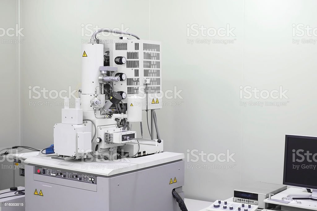 Microscopio electrónico escaneador - foto de stock