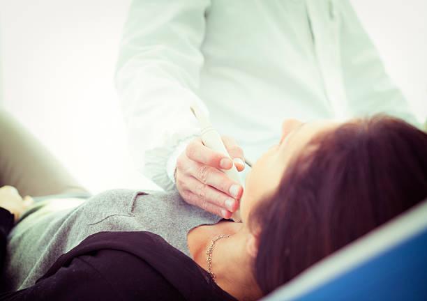 Scannen eines thyroid – Foto