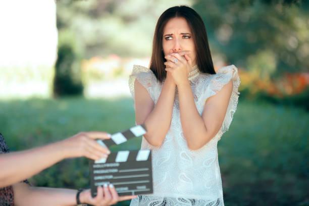 angst schauspielerin vorsprechen für film-film-video-casting - wedding photography and videography stock-fotos und bilder