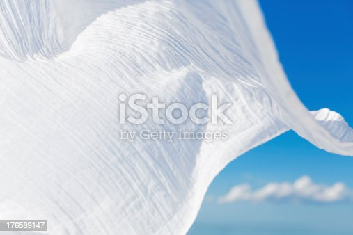 istock Scarf in the wind 176589147