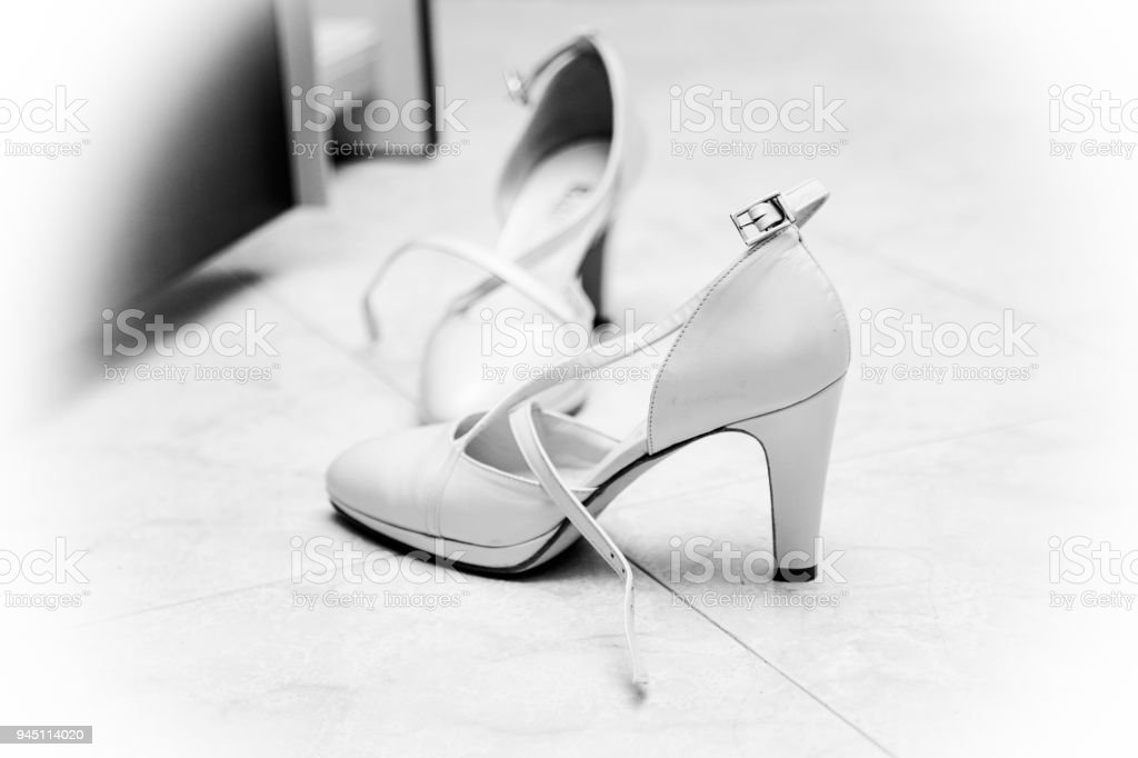 Scarpe Da Sposa Bianche.Scarpe Bianche Da Sposa Matrimonio Reportage Stock Photo