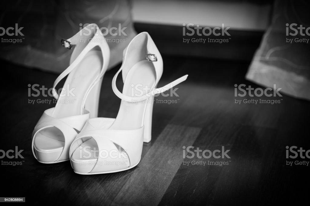 big sale aab5d d1a18 Scarpe Da Sposa Stock Photo - Download Image Now - iStock