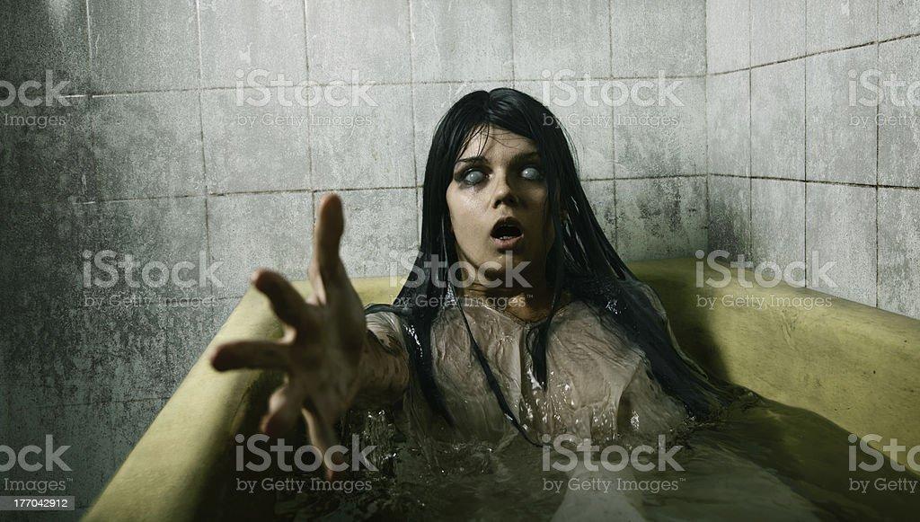 Assustador no banheiro - foto de acervo