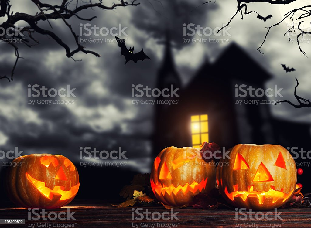 Halloween Chiesa.Scary Halloween Pumpkins With Horror Background Fotografie Stock E