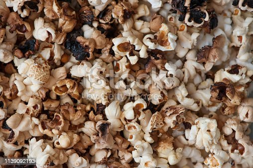 istock Scattered simple popcorn 1139092193