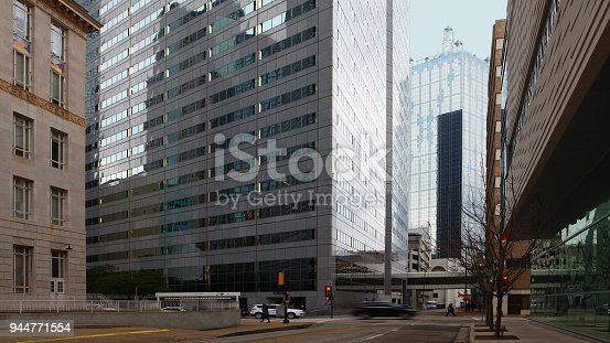 istock Scene from the streets of Dallas, Texas 944771554