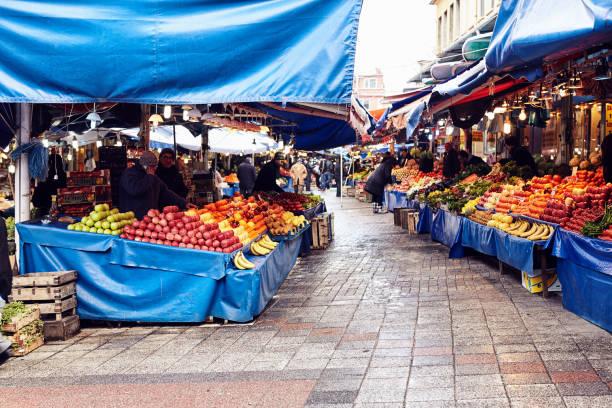 scenes from everyday street life in turkey. - bazar mercato foto e immagini stock