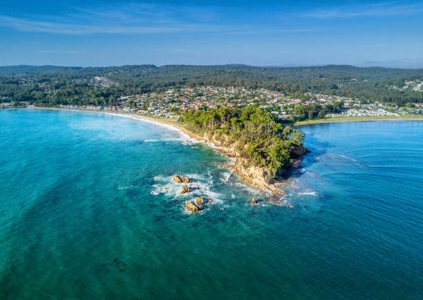scenic aerial views of batemans bay, australia - bay of water stock pictures, royalty-free photos & images