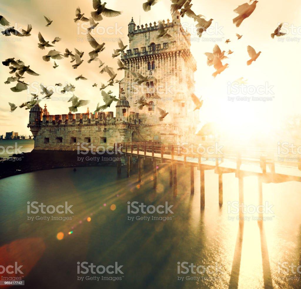 Torre de Belém cênica e paisagem por do sol - Foto de stock de Antigo royalty-free