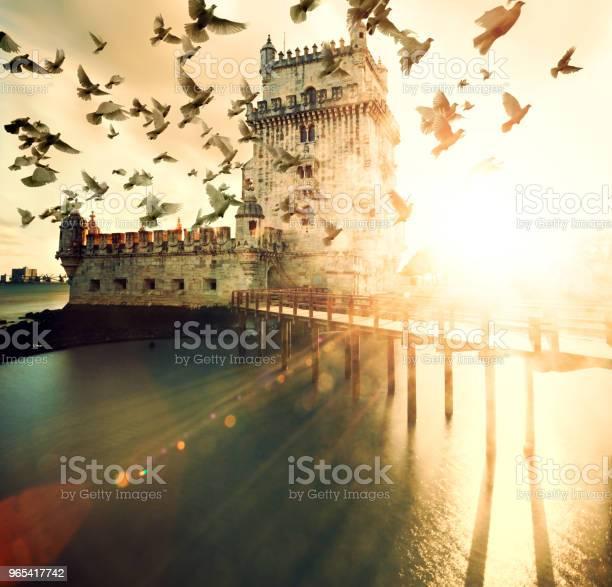 Foto de Torre De Belém Cênica E Paisagem Por Do Sol e mais fotos de stock de Antigo