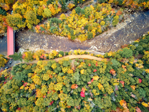 Scenic Highway im Herbst in New Hampshire, USA – Foto