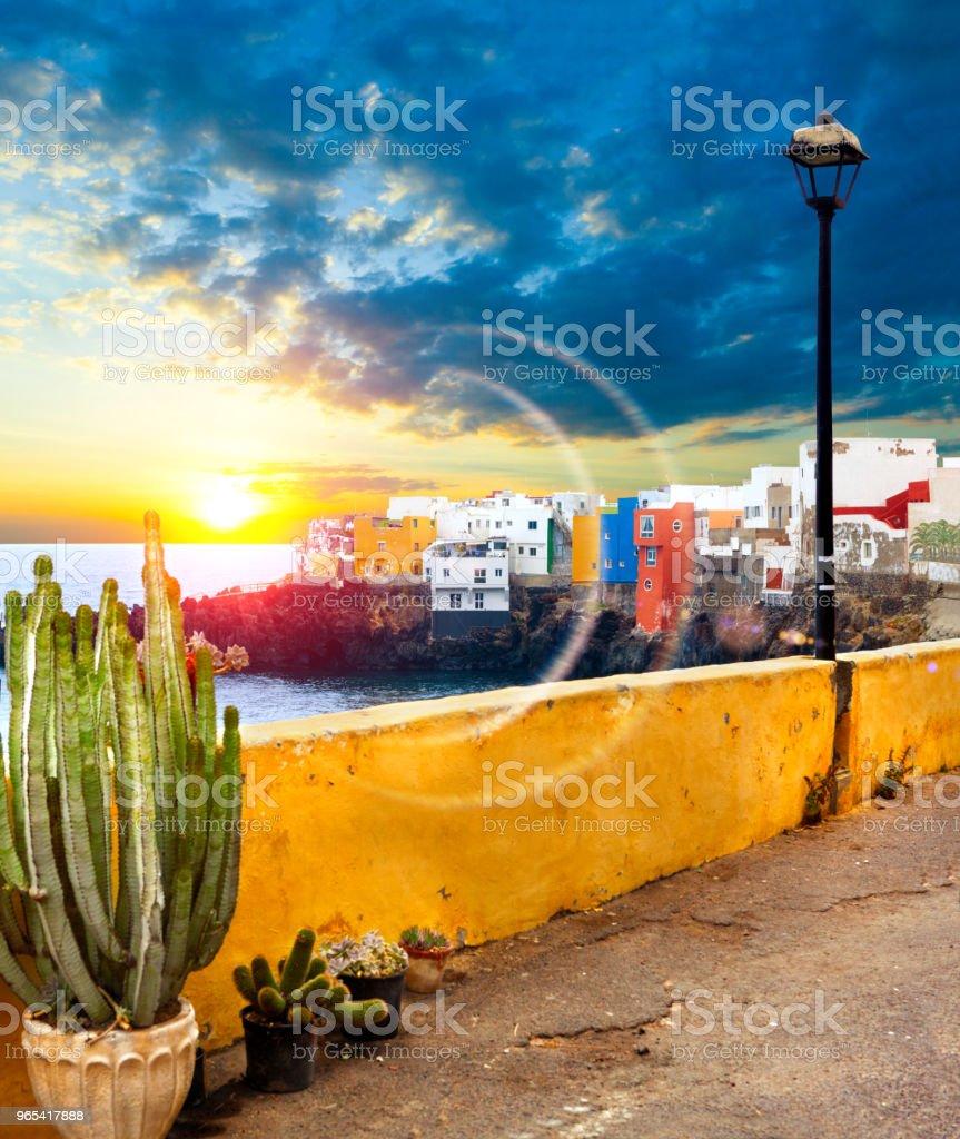 風景秀麗。加那利群島海景. 特內里費島村。n - 免版稅地勢景觀圖庫照片