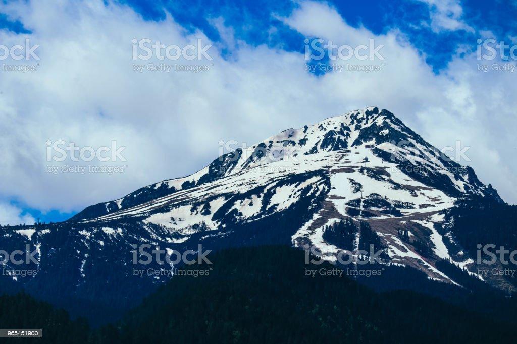 Scenic mountain high peaks with snow. zbiór zdjęć royalty-free