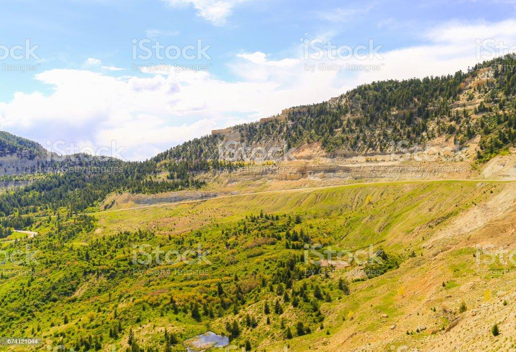 風景秀麗的山區公路 免版稅 stock photo