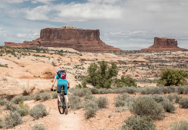 Malerische Mountainbiken Ramblin Trail Navajo Rocks Trail, Utah. – Foto