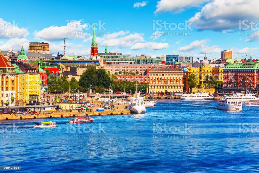 瑞典斯德哥爾摩風景秀麗的夏日全景 - 免版稅住宅建築圖庫照片