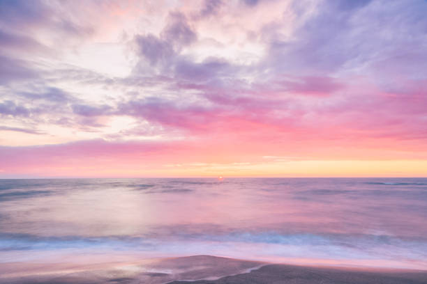 Scenic sunset view from Otaru Hokkaido Japan Photo with long exposure horizon over land stock pictures, royalty-free photos & images