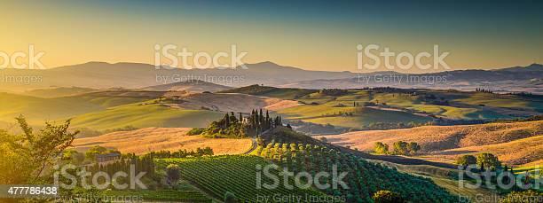 Scenic tuscany landscape panorama at sunrise val dorcia italy picture id477786438?b=1&k=6&m=477786438&s=612x612&h=caocgsczvyqzdgrz8ikxu9 iisraknfpigy41gx syo=