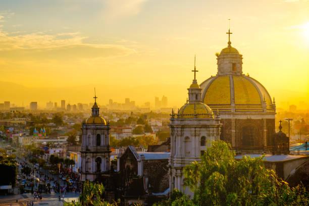 아름다운 전망, 성당 구어딜루페, 멕시코 시티 스카이라인 - 멕시코 뉴스 사진 이미지